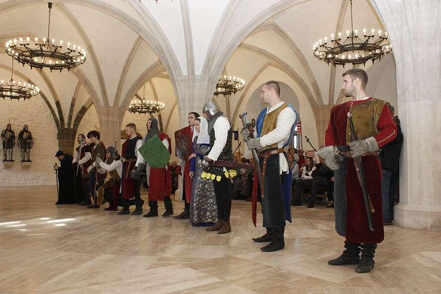 A Diósgyőri Aranysarkantyús Lovagrend bemutatója