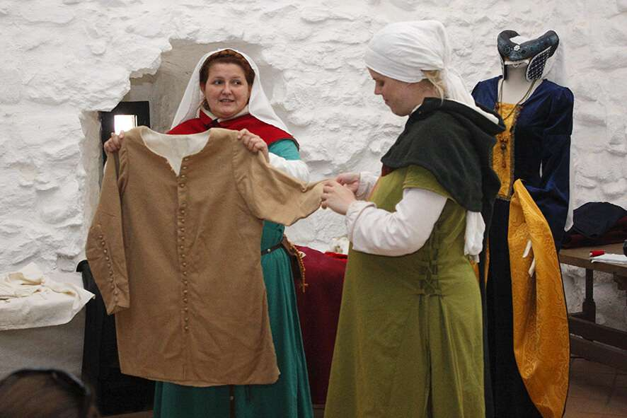 Medieval Costumes Lecture