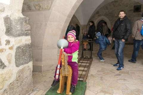 Húsvét a Diósgyőri várban