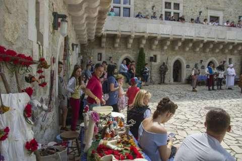 Pünkösd a Diósgyőri várban